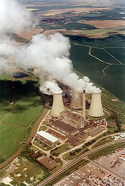 250px-Richborough_Power_Station_from_the_Air_-_geographorguk_-_619825.jpg