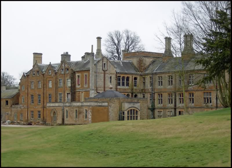 GreatTewManor-ColinWest800x580.jpg