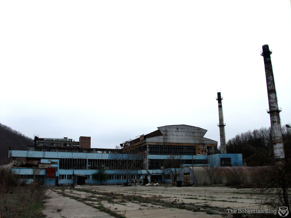 Abandoned-Soviet-Glass-Factory-Bulgaria-by-D-Richter-1_zps332d236a.jpg