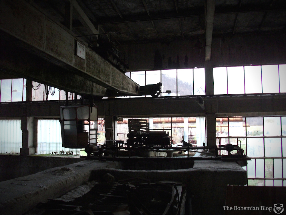 Abandoned-Soviet-Glass-Factory-Bulgaria-by-D-Richter-13_zpsb4890723.jpg