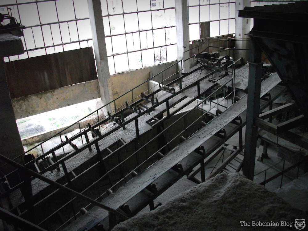 Abandoned-Soviet-Glass-Factory-Bulgaria-by-D-Richter-14_zps294e6b7a.jpg