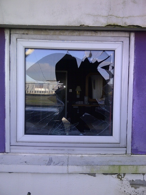 Smashed_Window.jpg