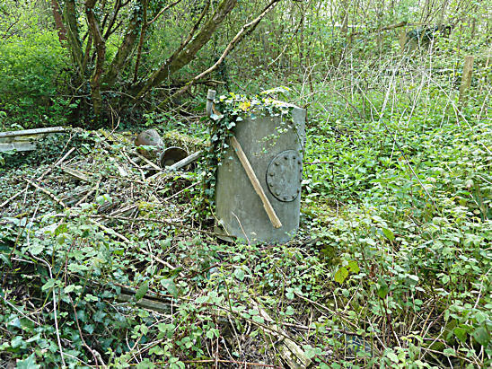 abandoned-derelict-sawmill-cooksbridge-lewes-12.jpg