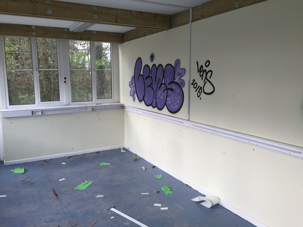 Urbex%20-%20Sion%20Hill%20Middle%20School%20-%20March%202016%2014_zps7qv2pycm.jpg