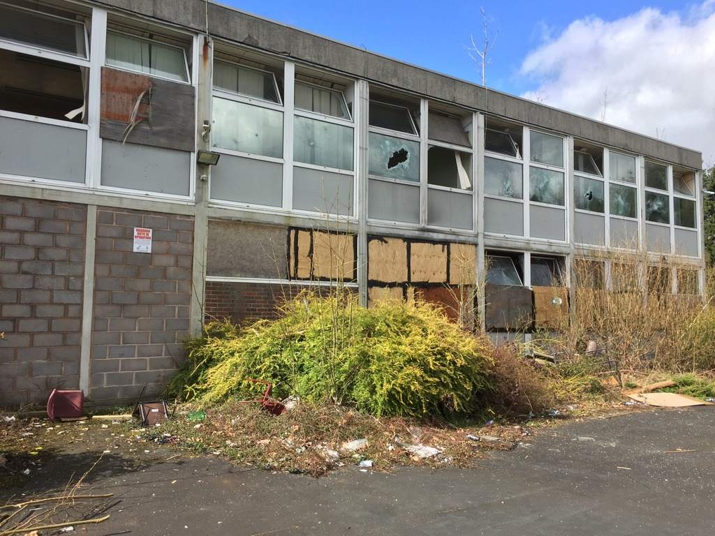 Urbex%20-%20Sion%20Hill%20Middle%20School%20-%20March%202016%206_zps6b0enquh.jpg