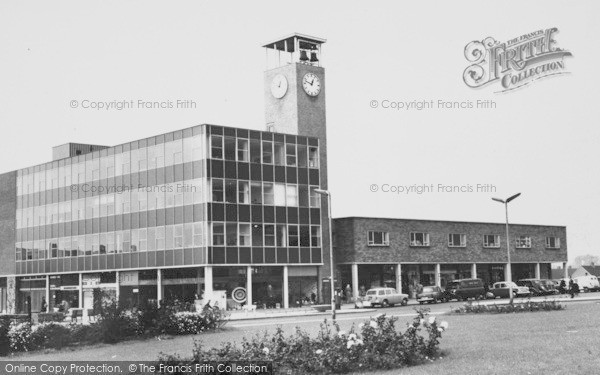 newton-aycliffe-the-clock-tower-churchill-house-c1960_n70058_zpspkzxkz1u.jpg