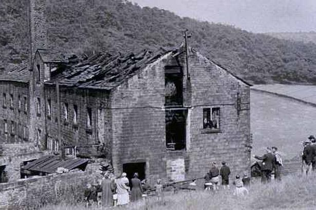 aftermath-of-the-blaze-at-lord-s-mill-in-august-1952-7362430115628c.jpg