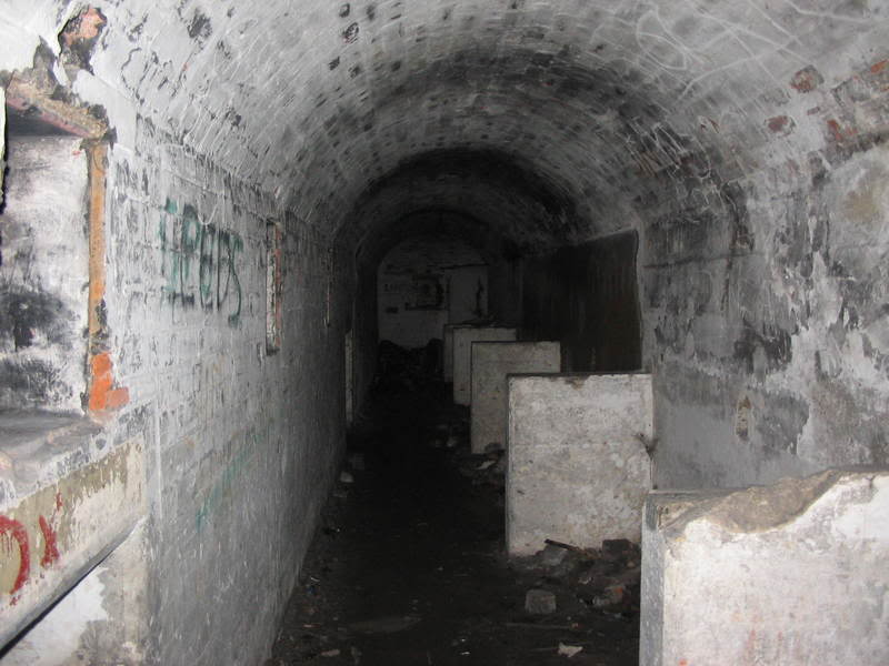 big2tunnel3.jpg