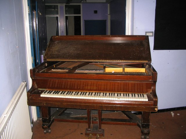 HHS_Piano.jpg