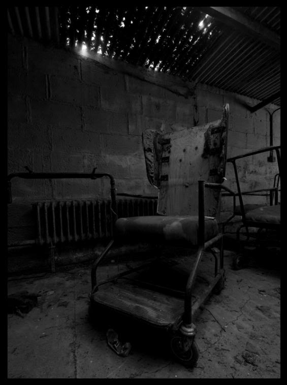 Chair2bw.jpg