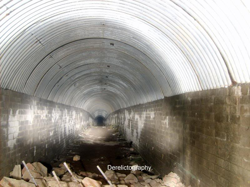 ww2tunnel5do.jpg
