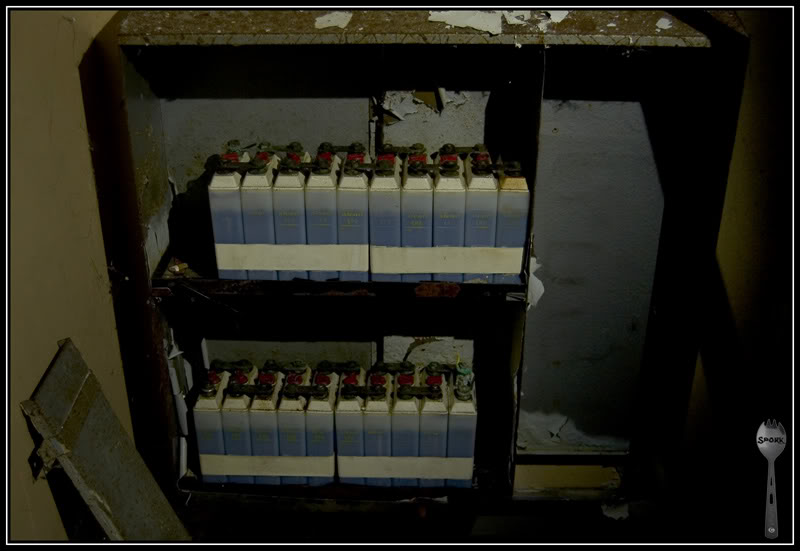 08_alcad_batteries.jpg