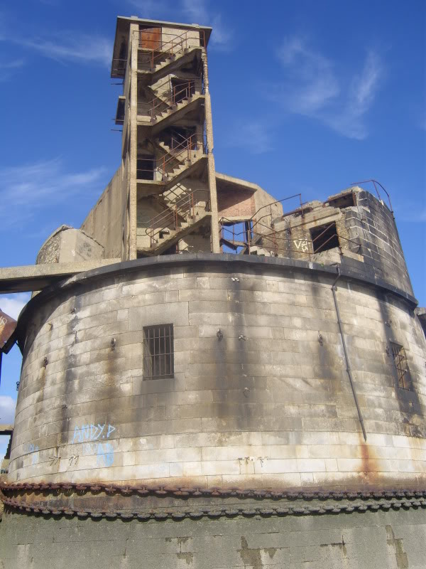 graintower002.jpg