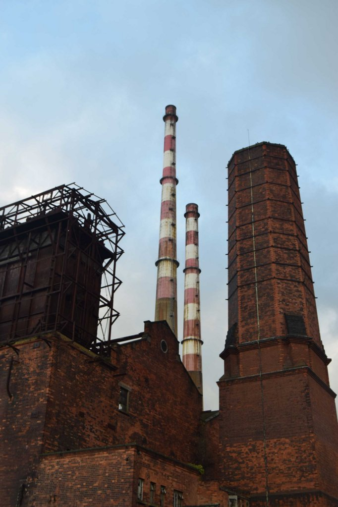 3_DSC_0613_3chimneys.jpg
