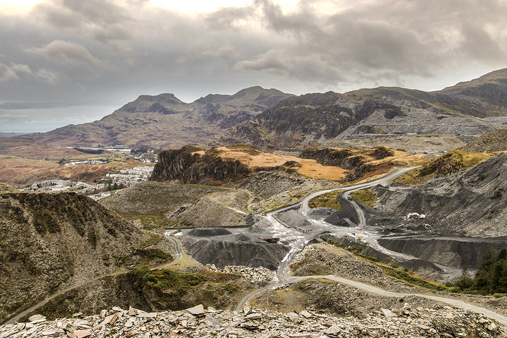 MaenofferenSlateQuarry4c7b1.jpg