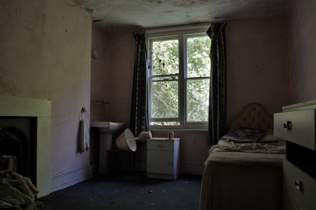 Carehome Bedroom.jpg
